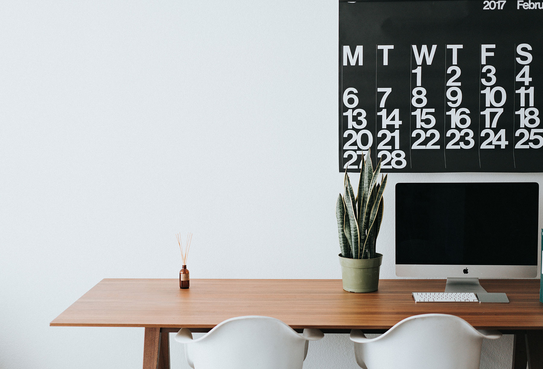 Hybrid workplace management: Consider office weeks as well as office days