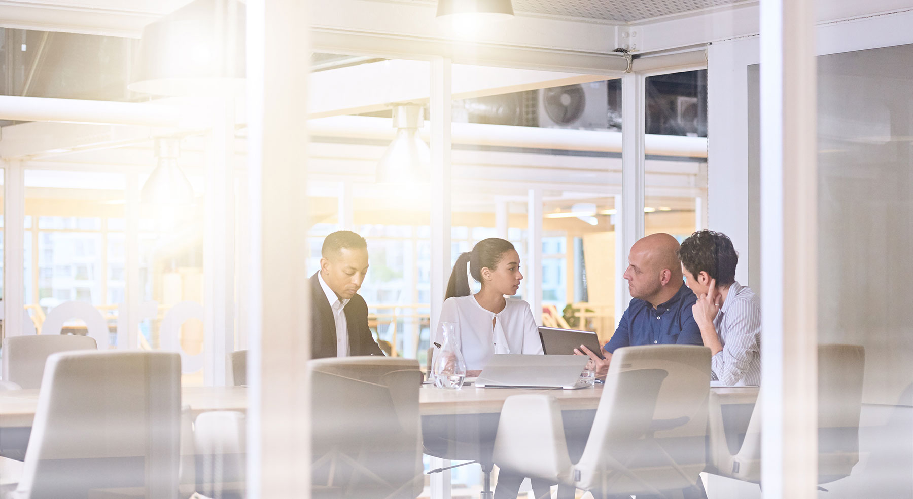 How to Minimize the Damaging Effects of Meetings Starting Late