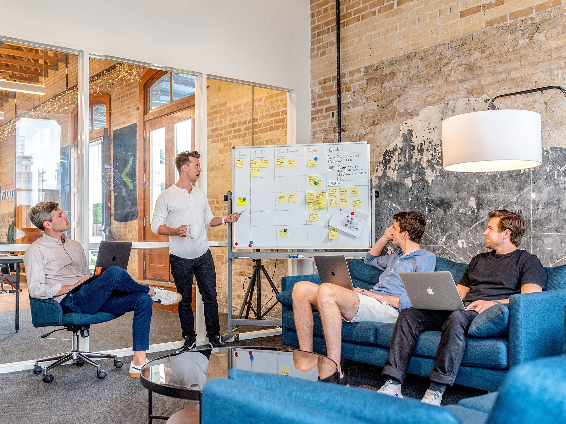 Hybrid workplace management: Rotate teams, not individual employees