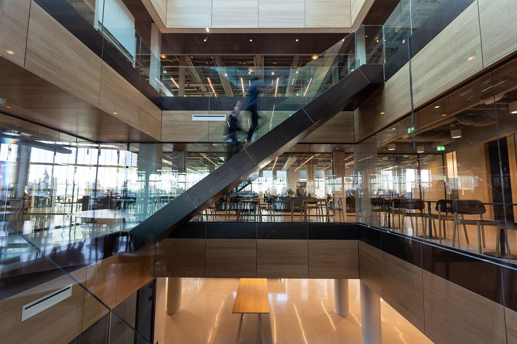 smart-meeting-rooms-office