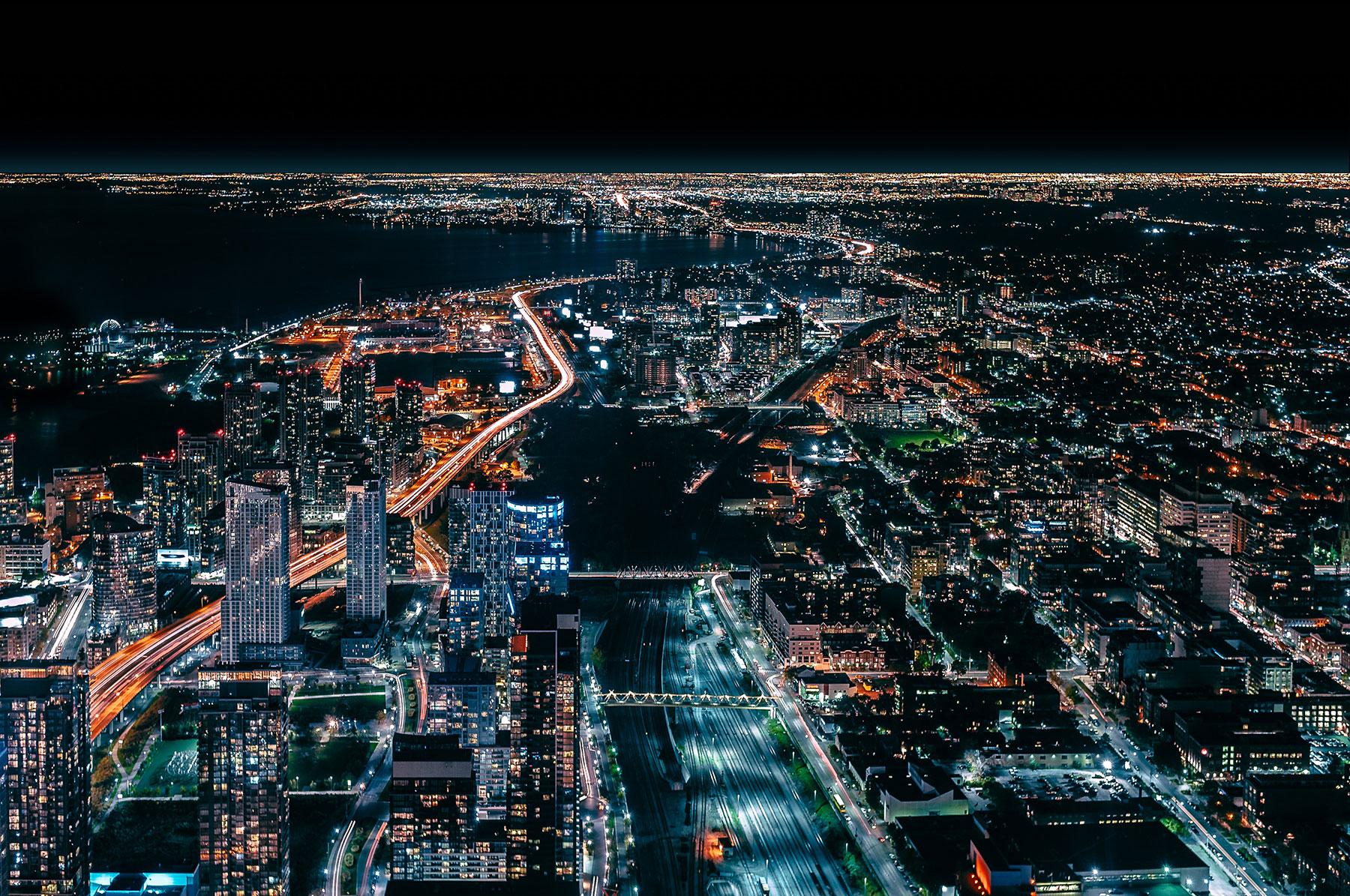 toronto-night-location-settings-unsplash