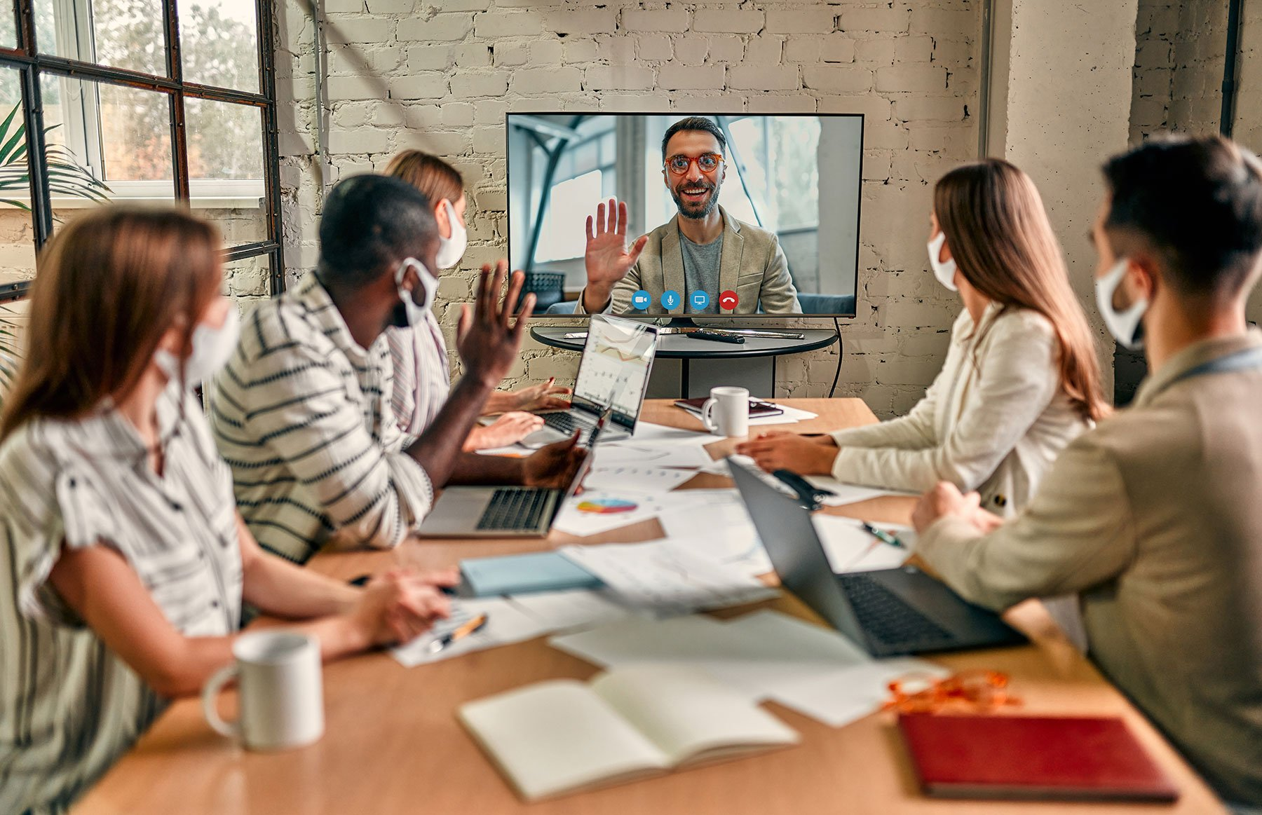 Hybrid Workplace: Is It the Future of HR?